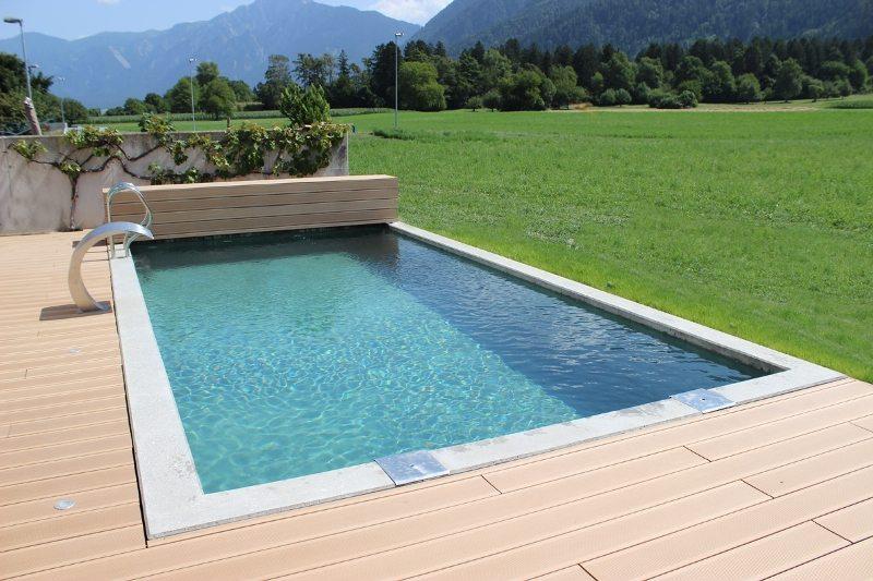 pool rolladenabdeckung rollladen abdeckung poolcover schwimmbadlamellen badipool schweiz. Black Bedroom Furniture Sets. Home Design Ideas