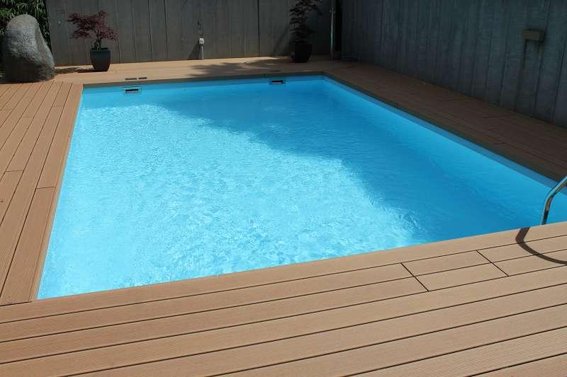 Folienauskleidung badipool schwimmbad 14 badipool for Schwimmbad folienauskleidung
