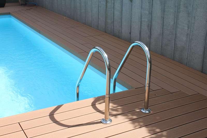 Folienauskleidung badipool schwimmbad 3 badipool for Schwimmbad folienauskleidung